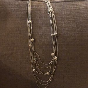 Silver accent necklace